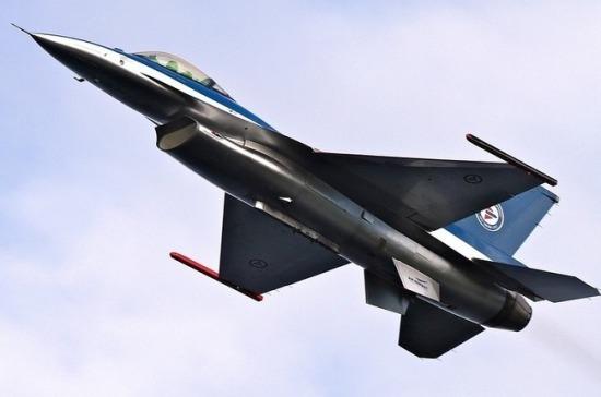Страны Балтии пытаются заменить миссию воздушной полиции НАТО на миссию ПВО