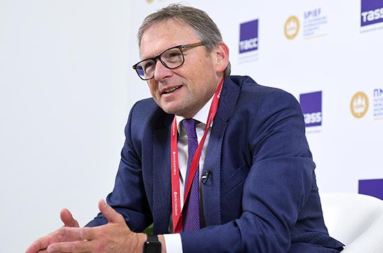 Титов заявил о необходимости урегулирования трудового статуса самозанятых