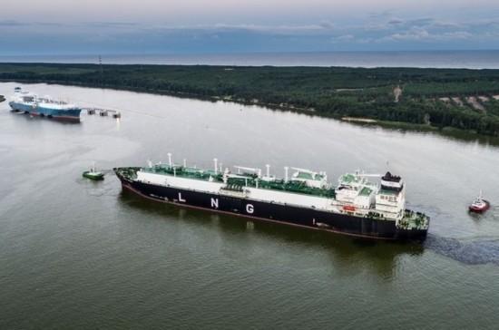Литовский премьер оправдал покупку судна-хранилища природного газа защитой независимости страны