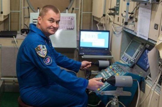 Экипаж МКС-57/58 начал сдавать предполётные экзамены