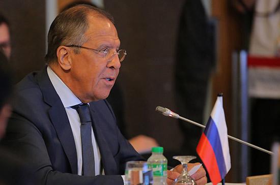 Лавров обсудил с Помпео ситуацию в Сирии