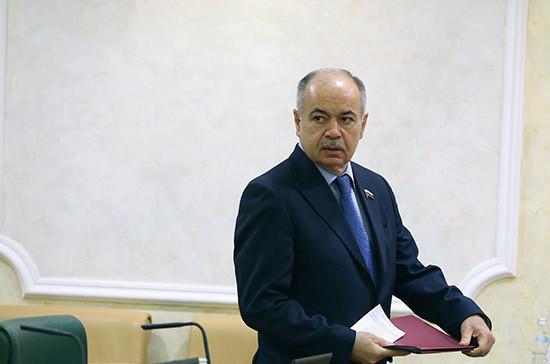 В Южной Осетии вручили госнаграды сенатору Умаханову и депутату Красову