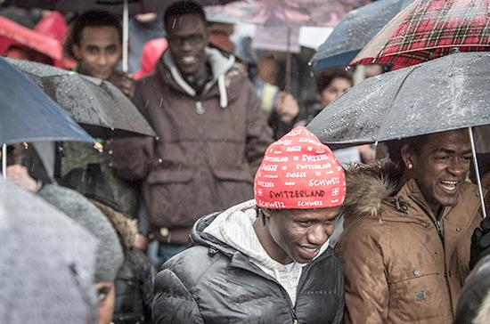 В немецком городе Хемниц прошли митинги против мигрантов
