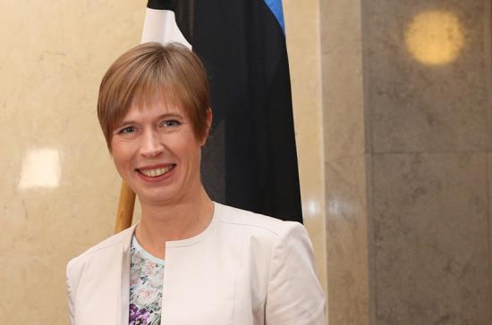 Президент Эстонии решила поработать в русскоязычной Нарве