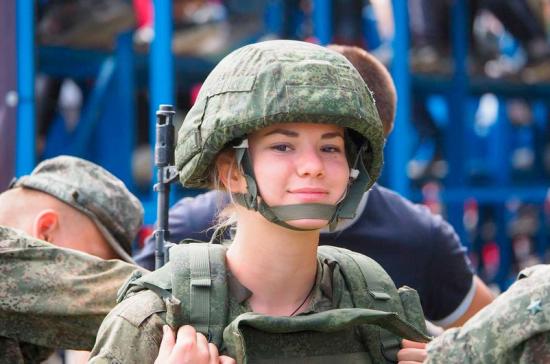 Студентка тоже сможет стать генералом