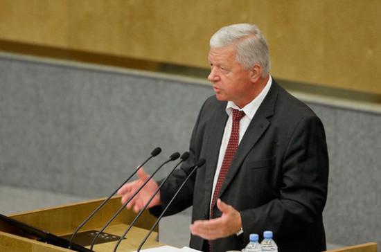 Шмаков призвал аккуратно отнестись к идее уголовного наказания за увольнение лиц предпенсионного возраста