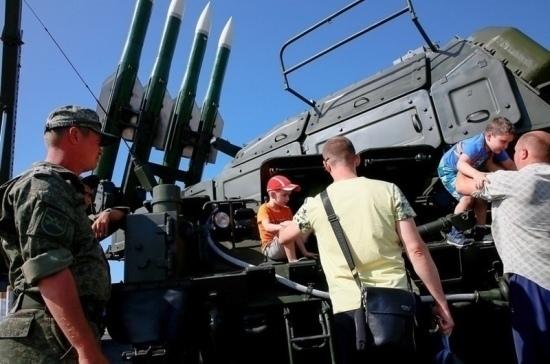 Азербайджан закупил российскую военную продукцию на $5 млрд
