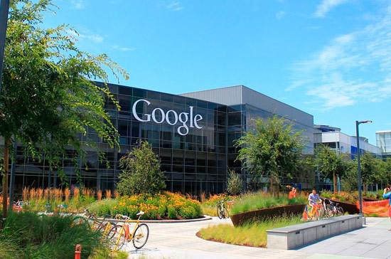 Жаров: Google ведёт диалог с российскими властями по ситуации с рекламой