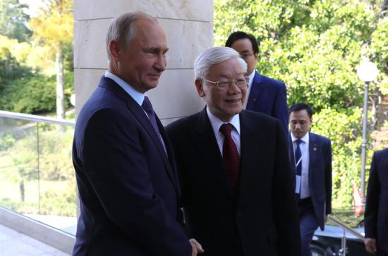 Путин сообщил об особой роли Общества дружбы в развитии взаимоотношений России и Вьетнама