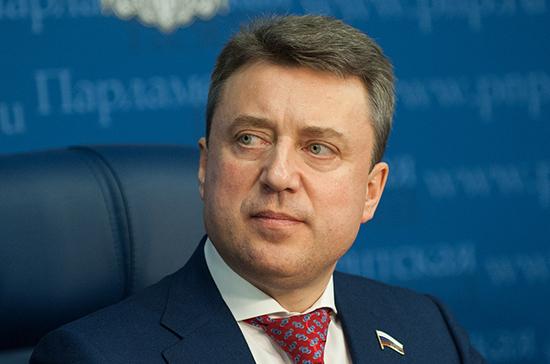 Анатолий Выборный поздравил «Парламентскую газету» с юбилеем