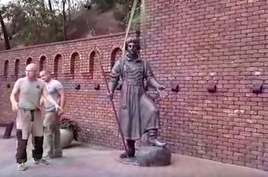 В Ростове-на-Дону установили памятник Петру Первому