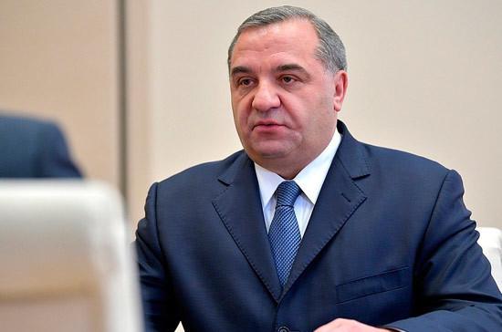 Следственный комитет опроверг слухи о допросе экс-главы МЧС Пучкова