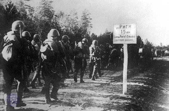 Освобождение Латвии, Эстонии и Литвы началось с рижского направления