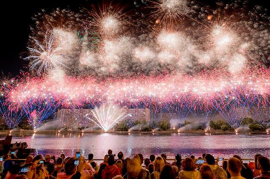 В Москве заканчивается подготовка к грандиозному фестивалю «Круг света»