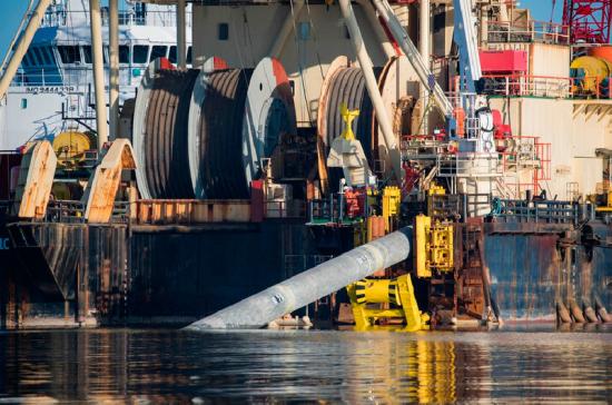 Работы по укладке труб «Северного потока — 2» начались на мелководье в Германии
