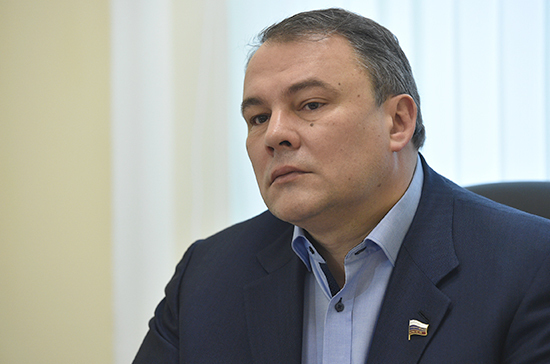 Вице-спикер Госдумы будет вести на Первом канале авторскую программу «Толстой. Воскресенье»