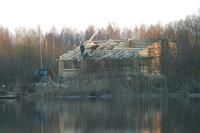 Лесные избушки и охотничьи домики скоро узаконят