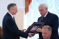 Полтавченко попрощался со Смольным, Беглов — поздоровался