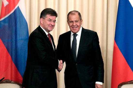 Состоялась рабочая встреча глав МИДРФ иСловакии в российской столице