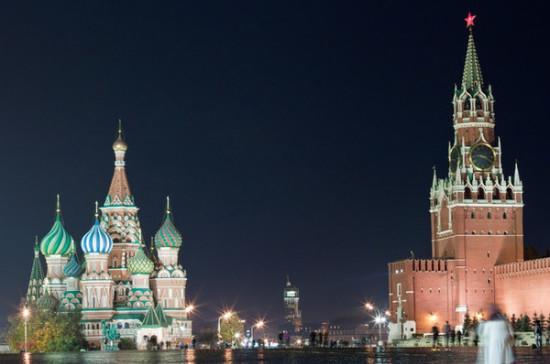Песков: Кремль не готовит изменений в Конституцию