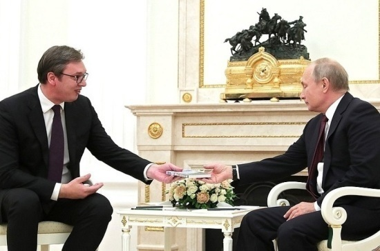 Путин может посетить Сербию в январе, сообщили в посольстве РФ
