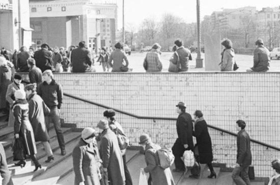 16 октября исполняется 59 лет со дня открытия первого подземного перехода в Москве