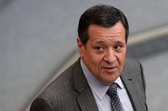 Макаров рассказал о ходе рассмотрения проекта федерального бюджета на 2019-2021 годы