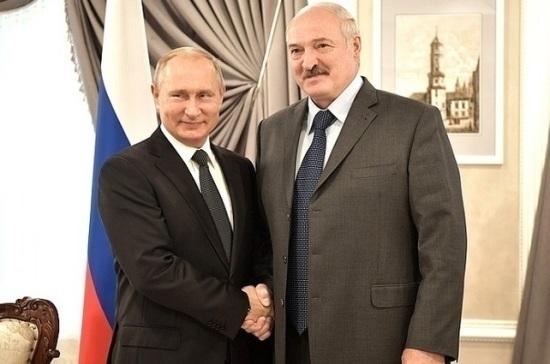 СМИ: Лукашенко пригласил Путина посетить Гродненскую область