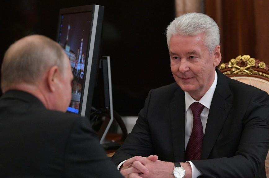 Собянин пообещал повысить зарплаты в Москве