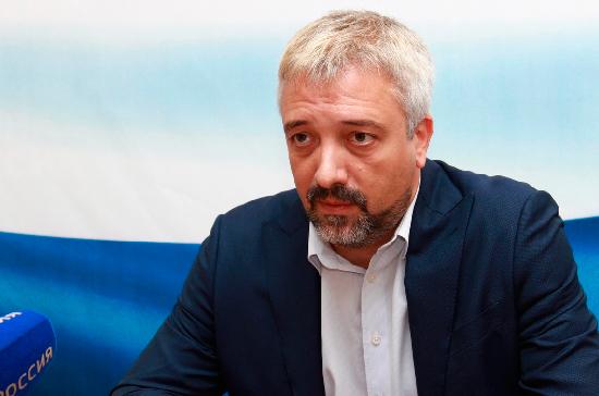 Примаков призвал неправительственные организации РФ участвовать в экономической жизни Таджикистана
