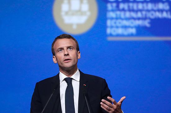 Европа должна увеличить свою долю расходов в НАТО на оборону, считает Макрон