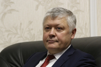 Пискарёв рассказал о законах, повышающих социальную защищённость сотрудников МВД