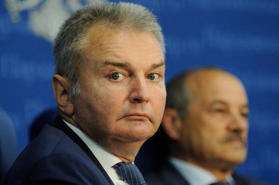 Сенатор Каграманян  рассказал о совершенствовании антитабачного закона