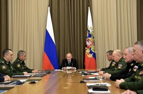 Путин потребовал разобраться с несвоевременным исполнением гособоронзаказа