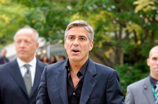 Джордж Клуни может стать крёстным ребёнка Меган Маркл и принца Гарри