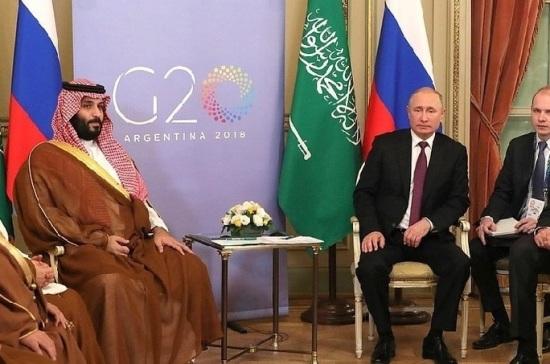 Песков рассказал о встрече Путина с саудовским принцем