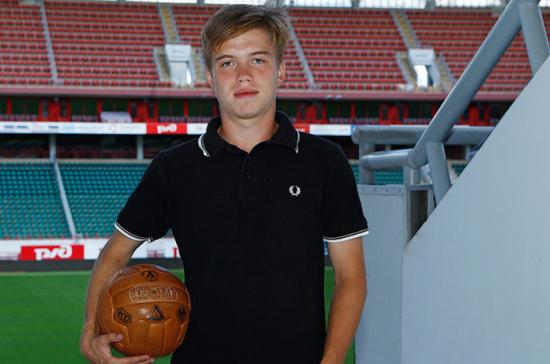 СМИ назвали причину смерти футболиста Ломакина
