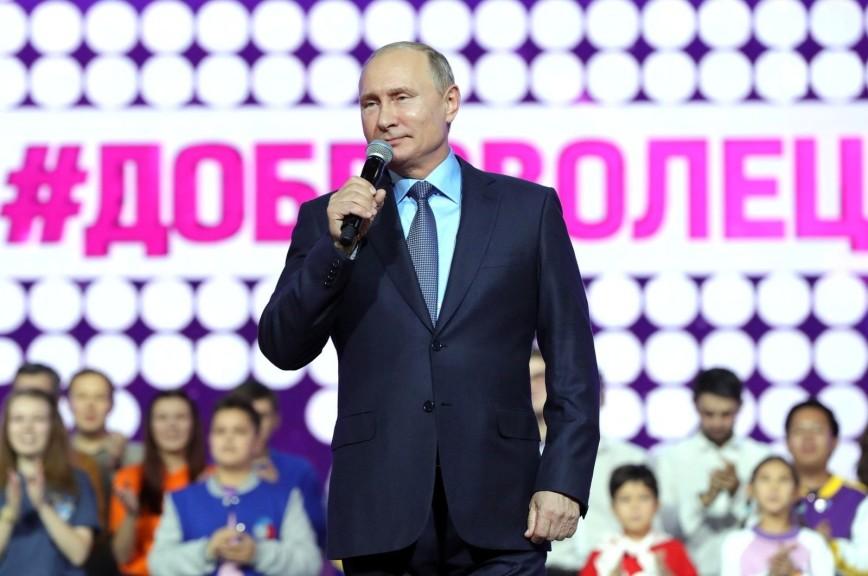 Путин пообещал исполнить желания пяти тяжелобольных детей