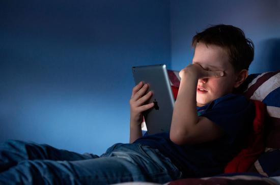 В России запрещают информацию, склоняющую детей к насилию