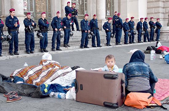 Россия выступает против разделения ответственности за миграционный кризис, заявил посол