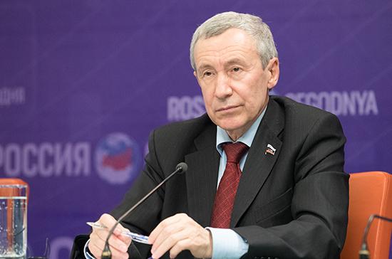 Российские парламентарии готовы к открытому диалогу с израильскими коллегами, заявил Климов
