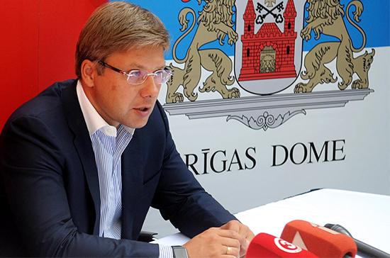 Латвийский премьер предложил мэру Риги Ушакову подать в отставку