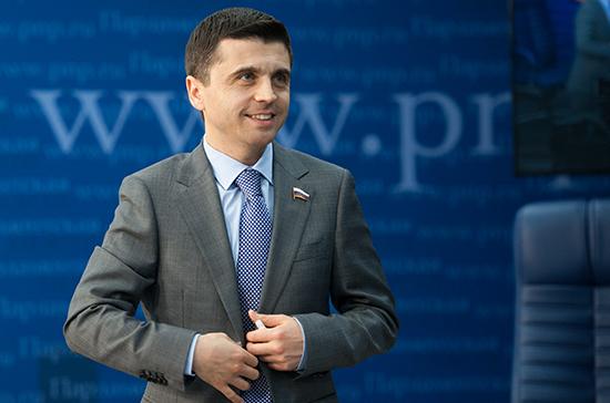 В Госдуме ответили на призыв Порошенко к верующим выбрать между РФ и Украиной