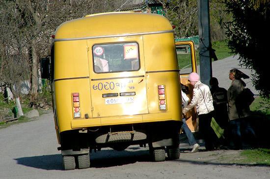 Управлять автобусом можно будет только с российскими водительскими правами