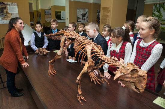 РОСГОССТРАХ застраховал самого крупного пситтакозавра страны