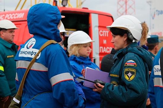Зиничев: сотрудники МЧС за 28 лет спасли более 2 млн человек