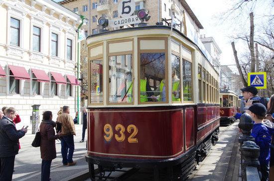 Первые трамвайные маршруты Москвы получили народные имена