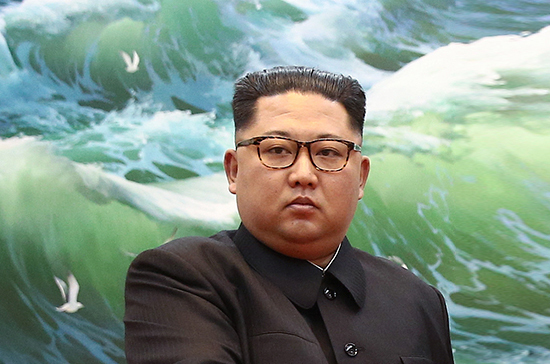 Ким Чен Ын призвал Мун Чжэ Ина продвигать мир на Корейском полуострове