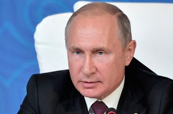 Президент осмотрел пострадавший при взрыве газа дом в Магнитогорске