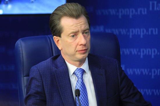 Районным газетам могут выделить 500 млн рублей финансовой помощи, заявил Бурматов